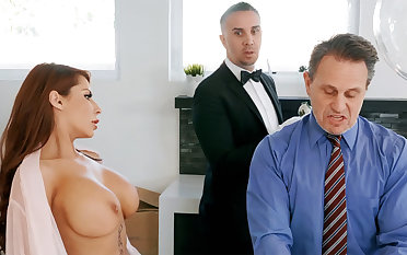 Horny butler is soon down border on anal fuck housewife