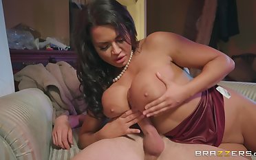 busty brunette Chloe Lamour ramming a fat friend's penis after a blowjob